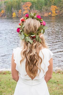 bride flower headpiece fall wedding at lake logan conference center