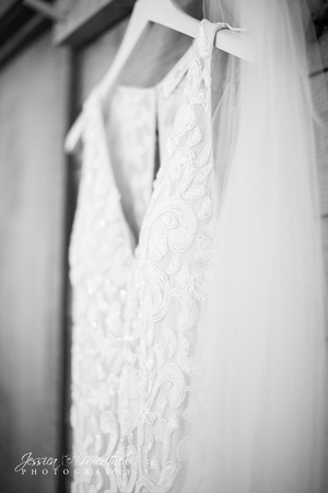 hanging lace dress with veil roan mountain wedding