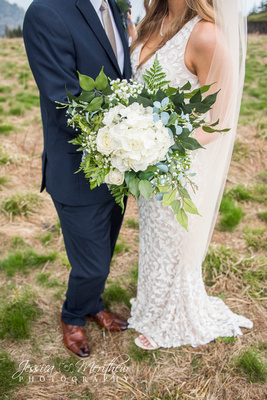wedding couple with white bouquet round bald roan mountain tennessee