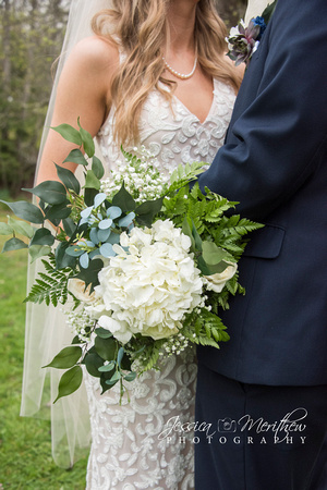 white and green bouquet roan mountain state park wedding