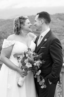 Wedding photos at Hawkesdene wedding venue in Andrews NC near Asheville