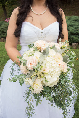 bridal bouquet at timber hall events from becky's florist