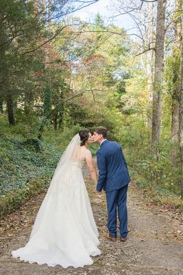 Wedding couple kissing at Bull Creek Ranch