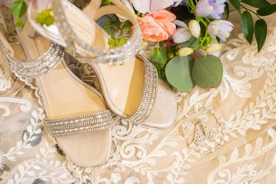 Bridal details at Hawkesdene in Andrews NC