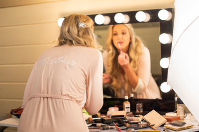Bride getting ready at Hawkesdene in Andrews