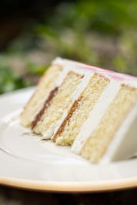 The Ellington House fall wedding cake slice in Asheville