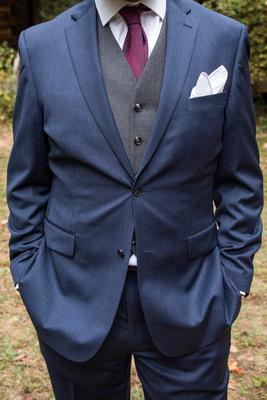 Asheville Botanical Gardens groom attire