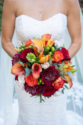 Fall bridal bouquet at The Lodge at Flat Rock near Hendersonville