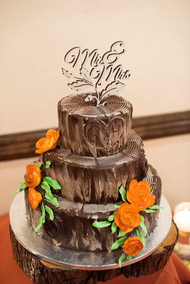 Fall wedding cake by Publix at The Lodge at Flat Rock near Asheville