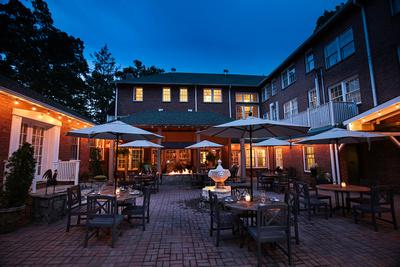 Monte Vista Hotel in Black Mountain wedding venue