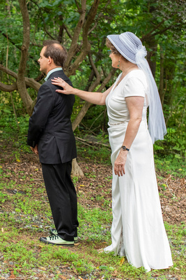 First look at wedding at The Esmeralda Inn Chimney Rock