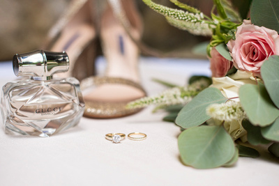 Bride wedding day details at Hawkesdene in Andrews near Asheville