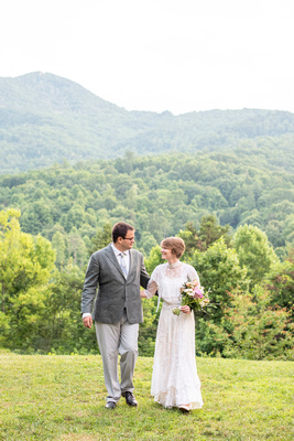 Mountain view summer wedding at Engadine Inn in Asheville