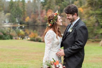 Bride and groom wedding photo at Highland Lake Inn