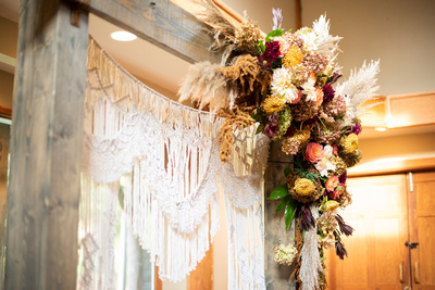 Fall arbor florals by Flowers by Larry at Highland Lake Inn in Flat Rock NC