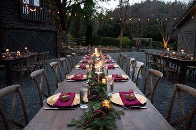 Candlelit dinner table at winter wedding at Hawkesdene wedding near Asheville