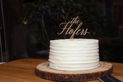 Simple wedding care at Hawkesdene wedding near Asheville