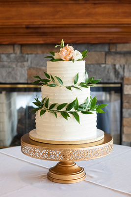 Wedding cake by Parkland Cakes at Stone River in Columbia SC