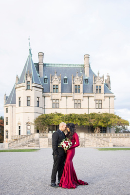 Man and woman anniversary photo at Biltmore Estate in Asheville NC
