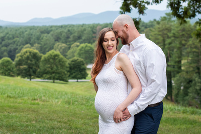 Maternity photos at Biltmore Estate in Asheville NC