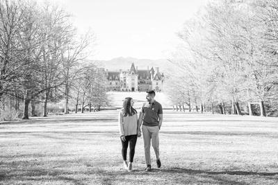 Couple walking on esplanade at Biltmore Estate in Asheville