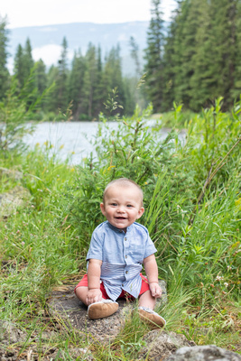 Gallatin River near Big Sky, MT 6 month photo shoot with family
